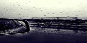 Many young drivers 'uncomfortable driving in adverse weather'